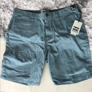 NWT Billabong Stretch shorts Size 36